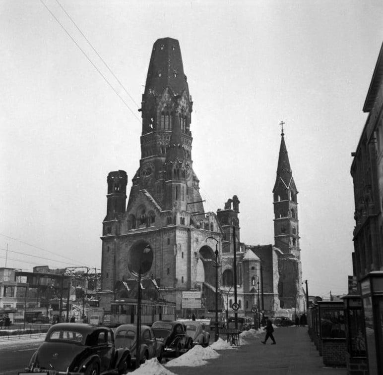 Berlin Gedächtniskirche 1954