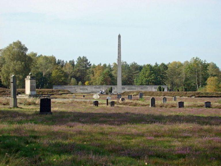 Friedhof KZ Bergen-Belsen