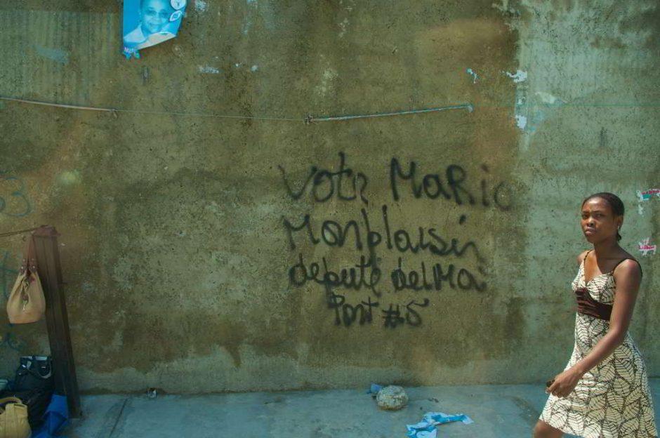 Frau in Haiti